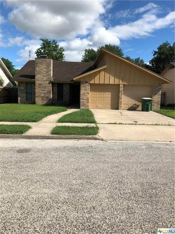 105 Londonderry Street, Victoria, TX 77901 (MLS #451618) :: Kopecky Group at RE/MAX Land & Homes