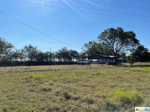 1819 County Road 355/Hilltop Road, Shiner, TX 77984 (MLS #454539) :: Kopecky Group at RE/MAX Land & Homes
