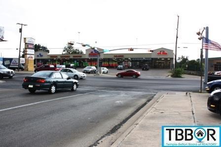 202 E Veterans Memorial Boulevard, Killeen, TX 76541 (MLS #9102265) :: Texas Premier Realty