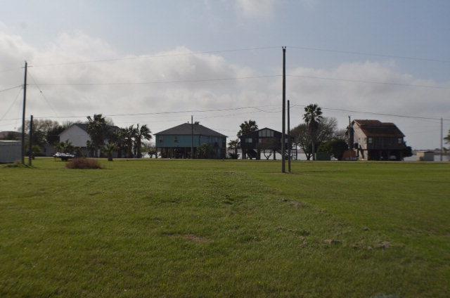 168 Bayview, Palacios, TX 77465 (MLS #V223904) :: Magnolia Realty