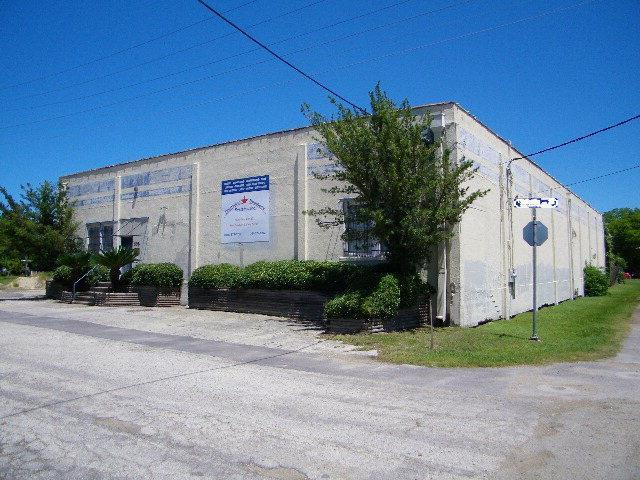 308 E Stayton, Victoria, TX 77901 (MLS #V224298) :: The i35 Group