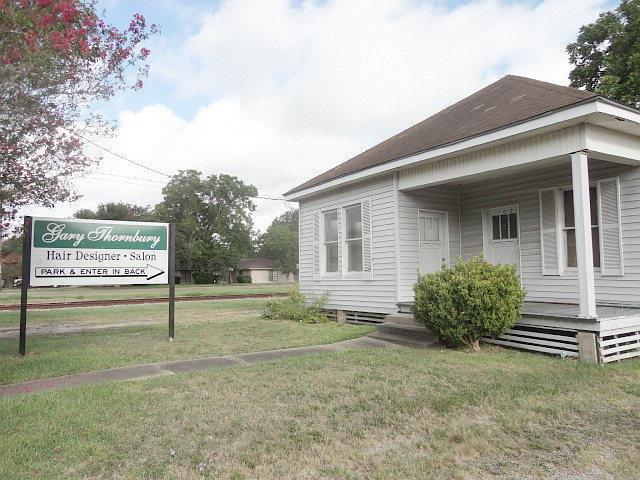 102 Trinity, Victoria, TX 77901 (MLS #V225317) :: RE/MAX Land & Homes
