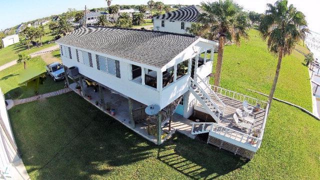 1762 Bayshore Drive, Palacios, TX 77465 (MLS #V225573) :: RE/MAX Land & Homes