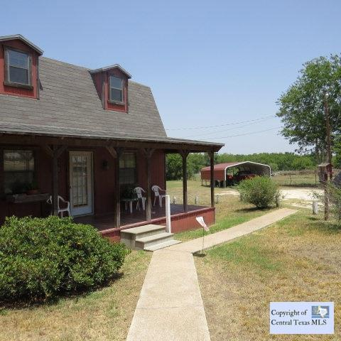 1845 E Pierce Street, Luling, TX 78648 (MLS #197032) :: The Real Estate Home Team