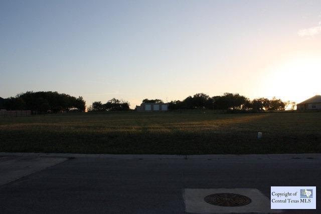 640 Oak Creek Parkway - Photo 1