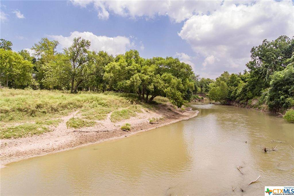 000 San Antonio River Road - Photo 1