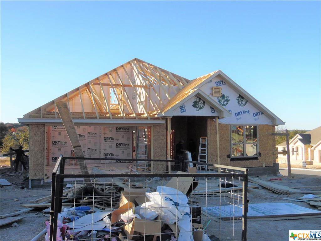 2277 Wooster - Photo 1