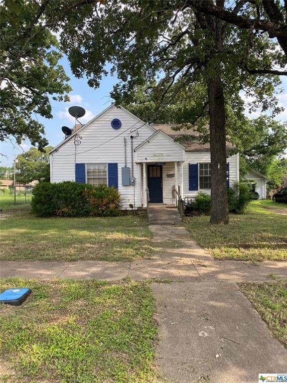 1012 Saunders Street, Gatesville, TX 76528 (MLS #441773) :: Kopecky Group at RE/MAX Land & Homes