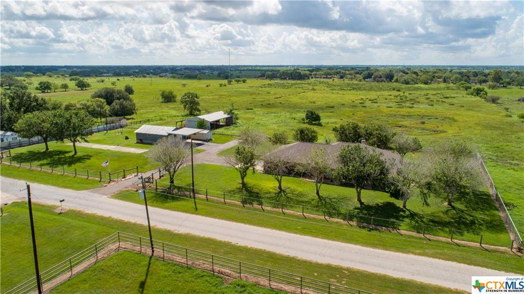 389 Prairie View Road - Photo 1