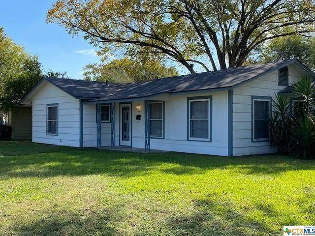 1901 Navidad Street, Victoria, TX 77901 (MLS #425646) :: RE/MAX Family