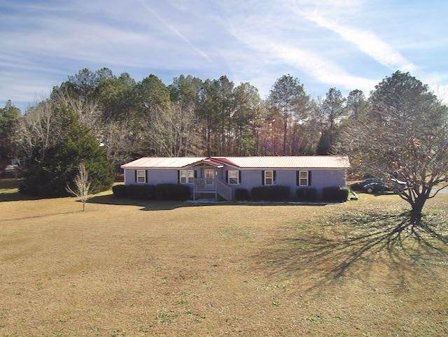 456 Edgewater Drive, Byron, GA 31008 (MLS #207070) :: AF Realty Group