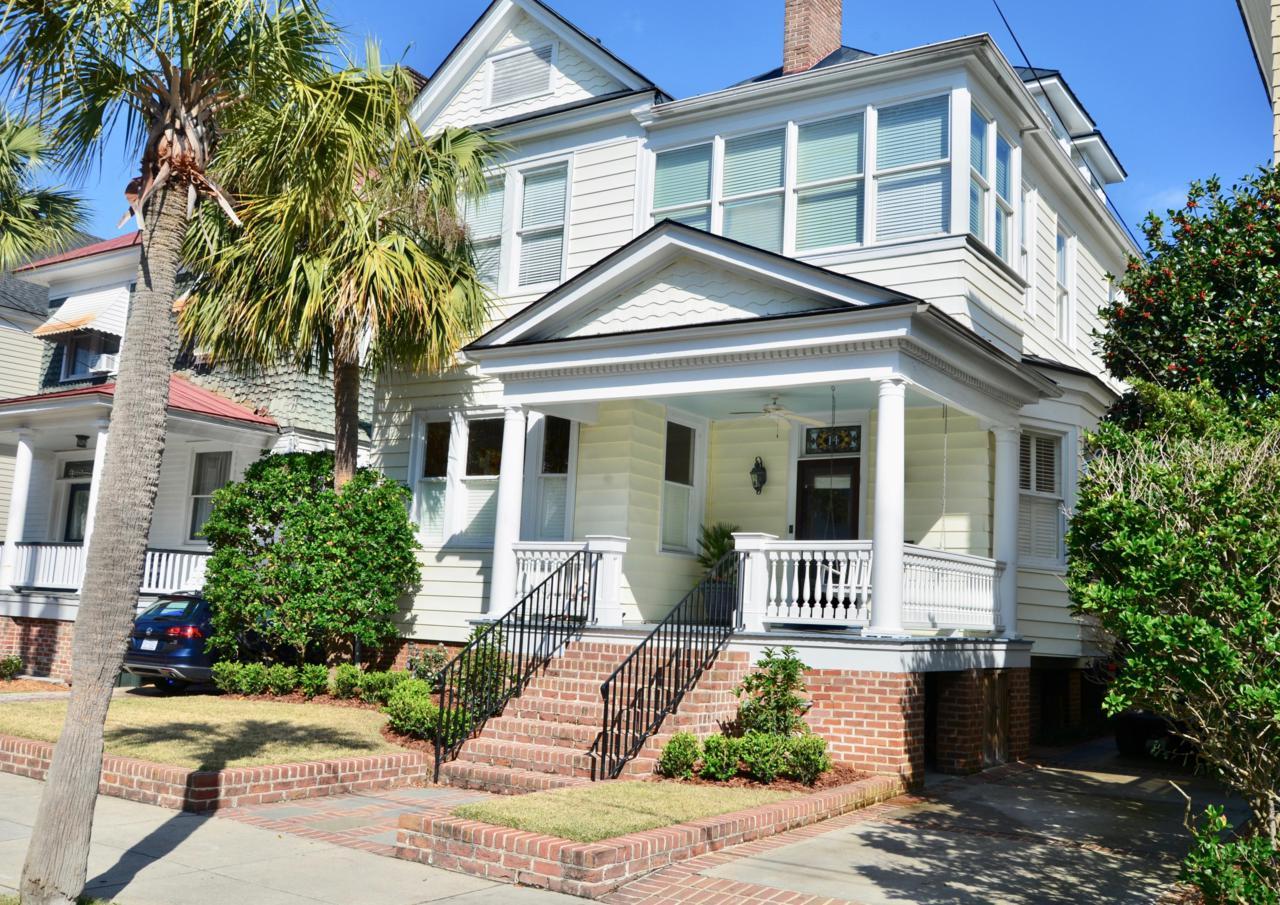 14 Colonial Street - Photo 1