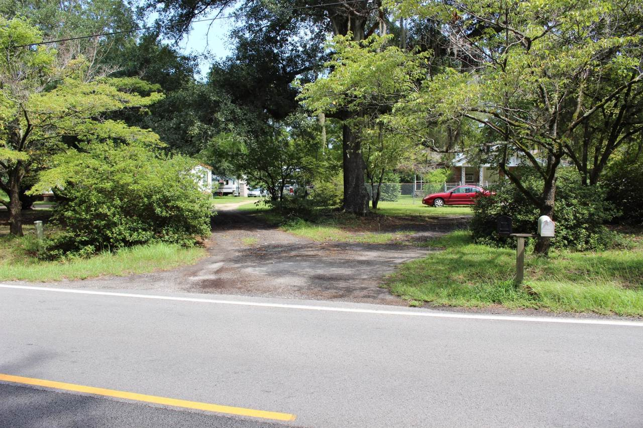 5650 County Line Road - Photo 1