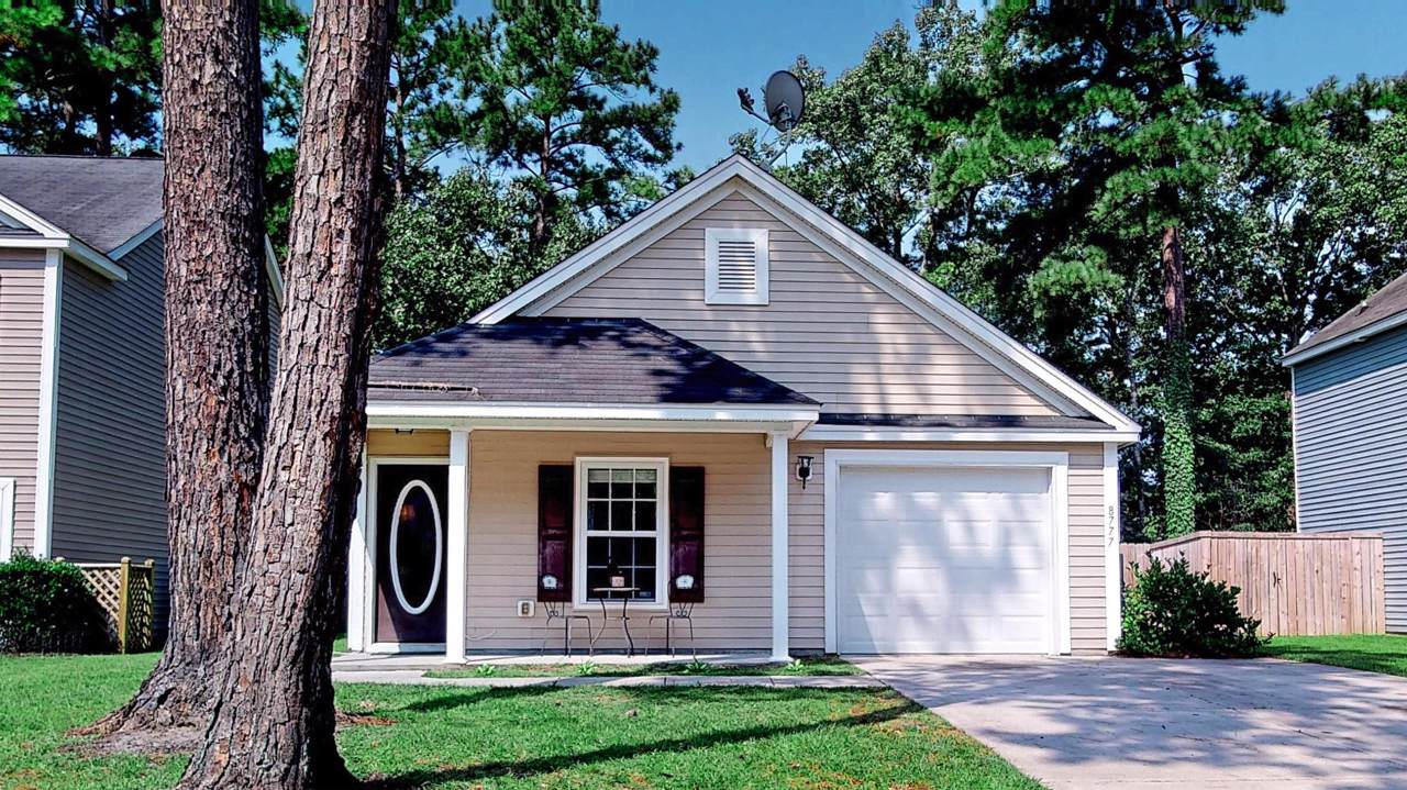 8777 Red Oak Drive - Photo 1