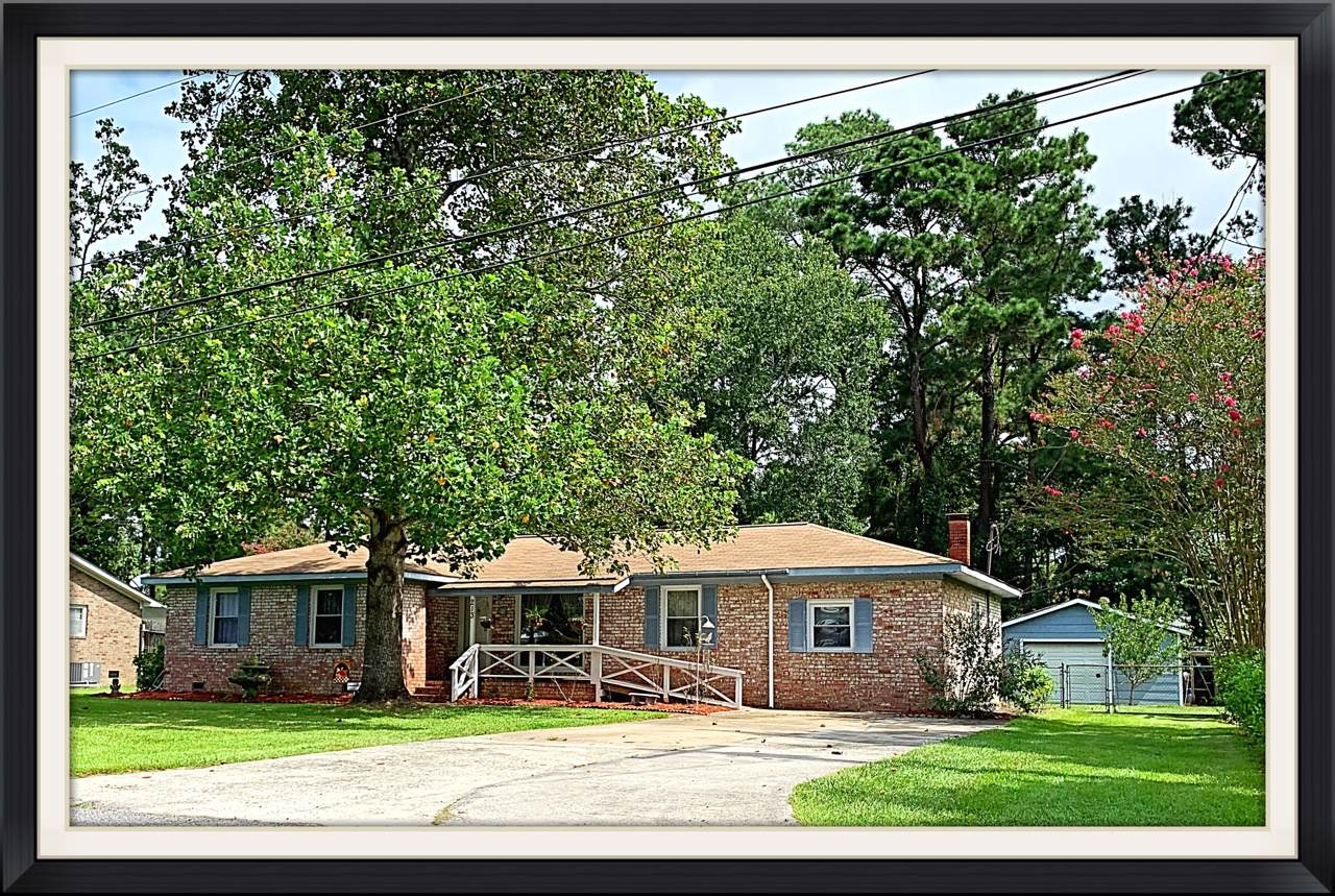 213 Farmhill Drive - Photo 1