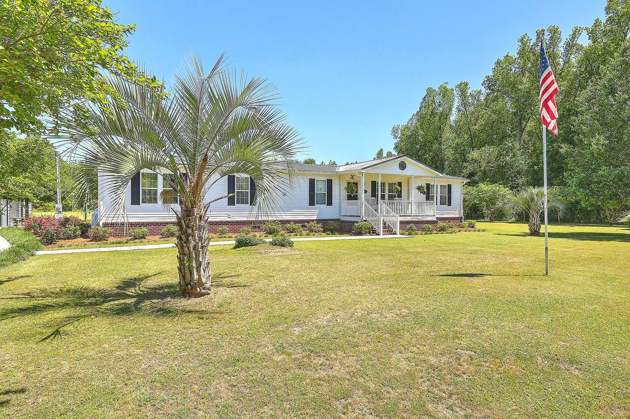 525 Mulberry Road - Photo 1