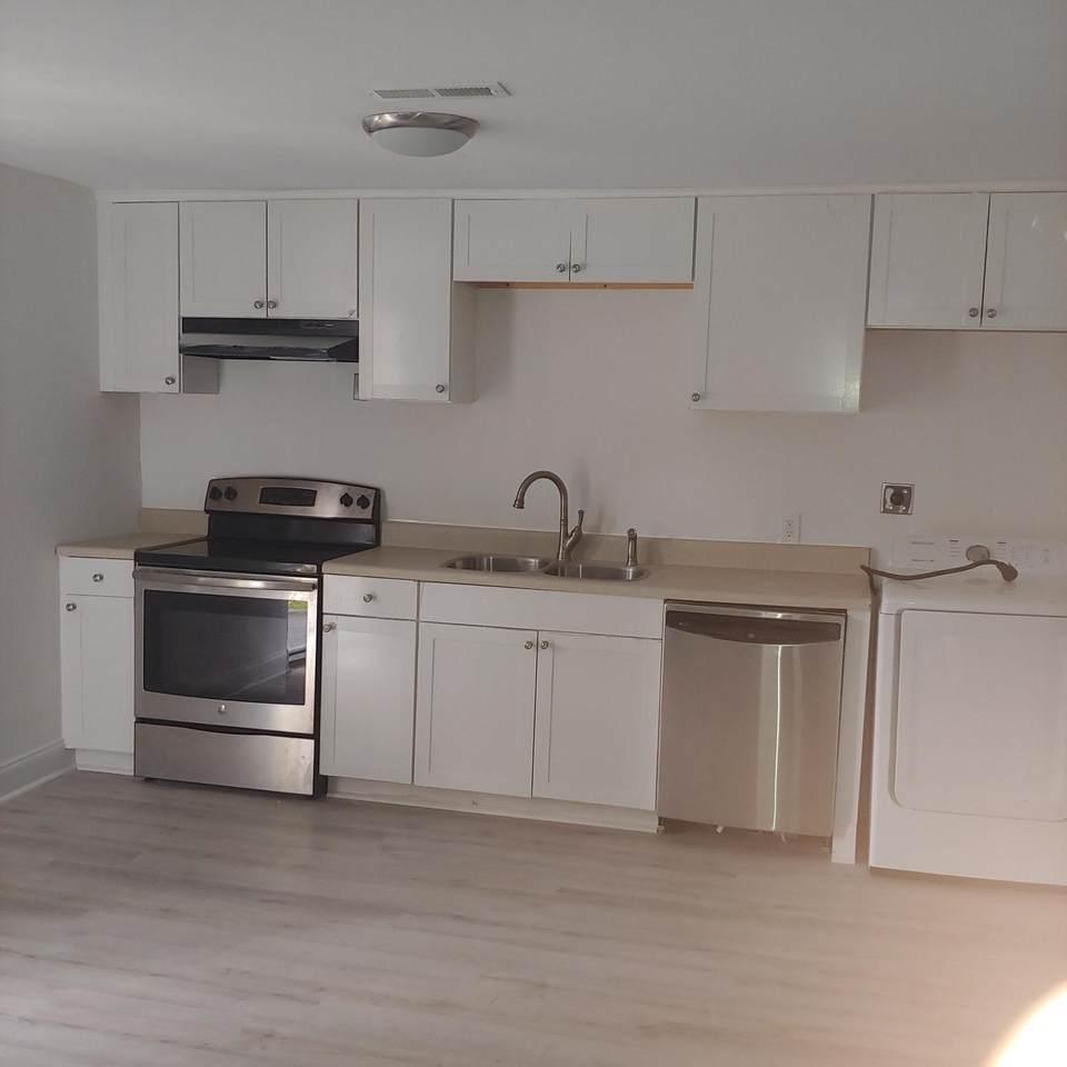 4731 Sanders Avenue - Photo 1