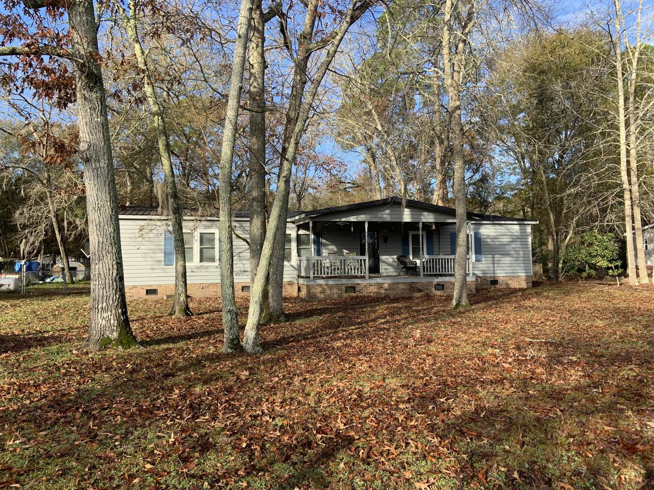 1095 Longpoint Road - Photo 1