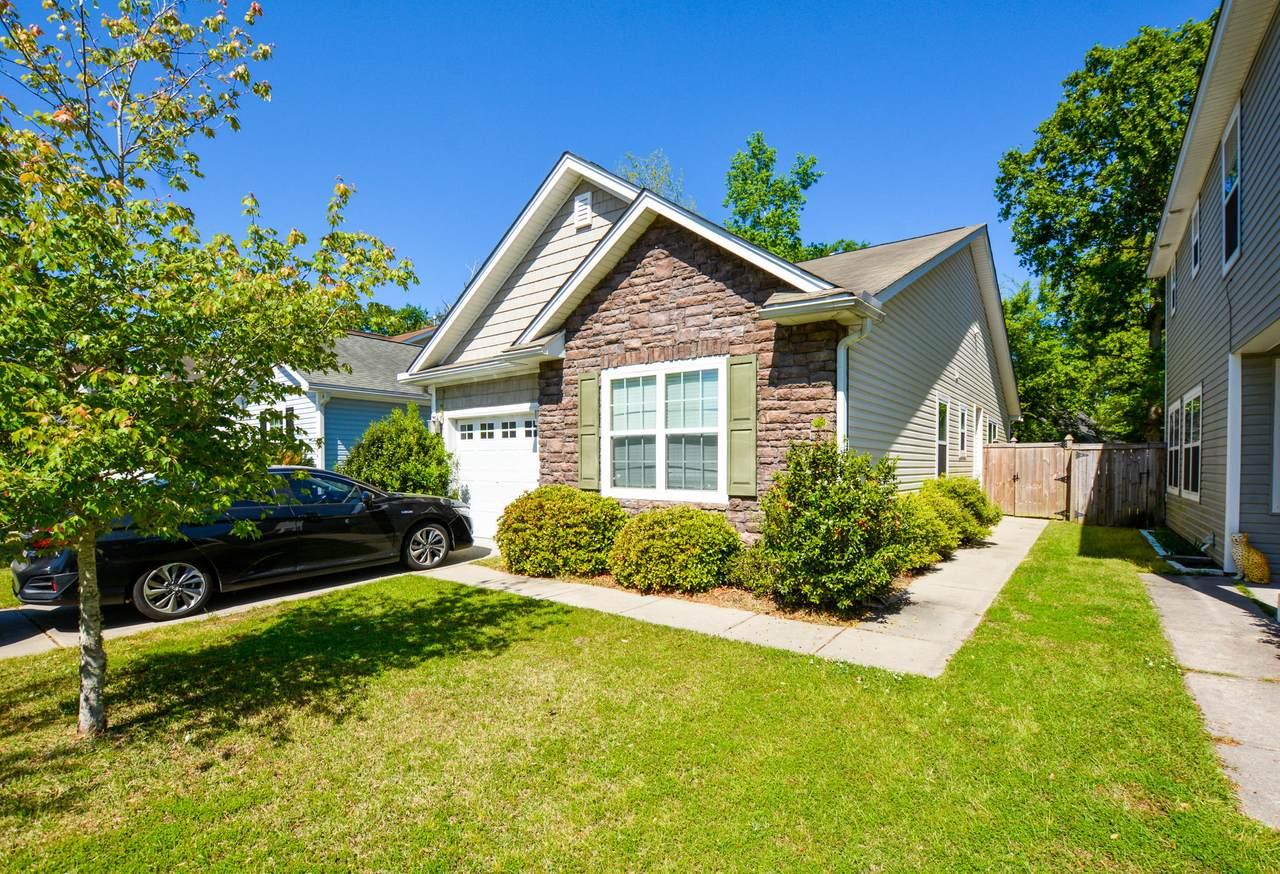 8892 Arbor Glen Drive - Photo 1