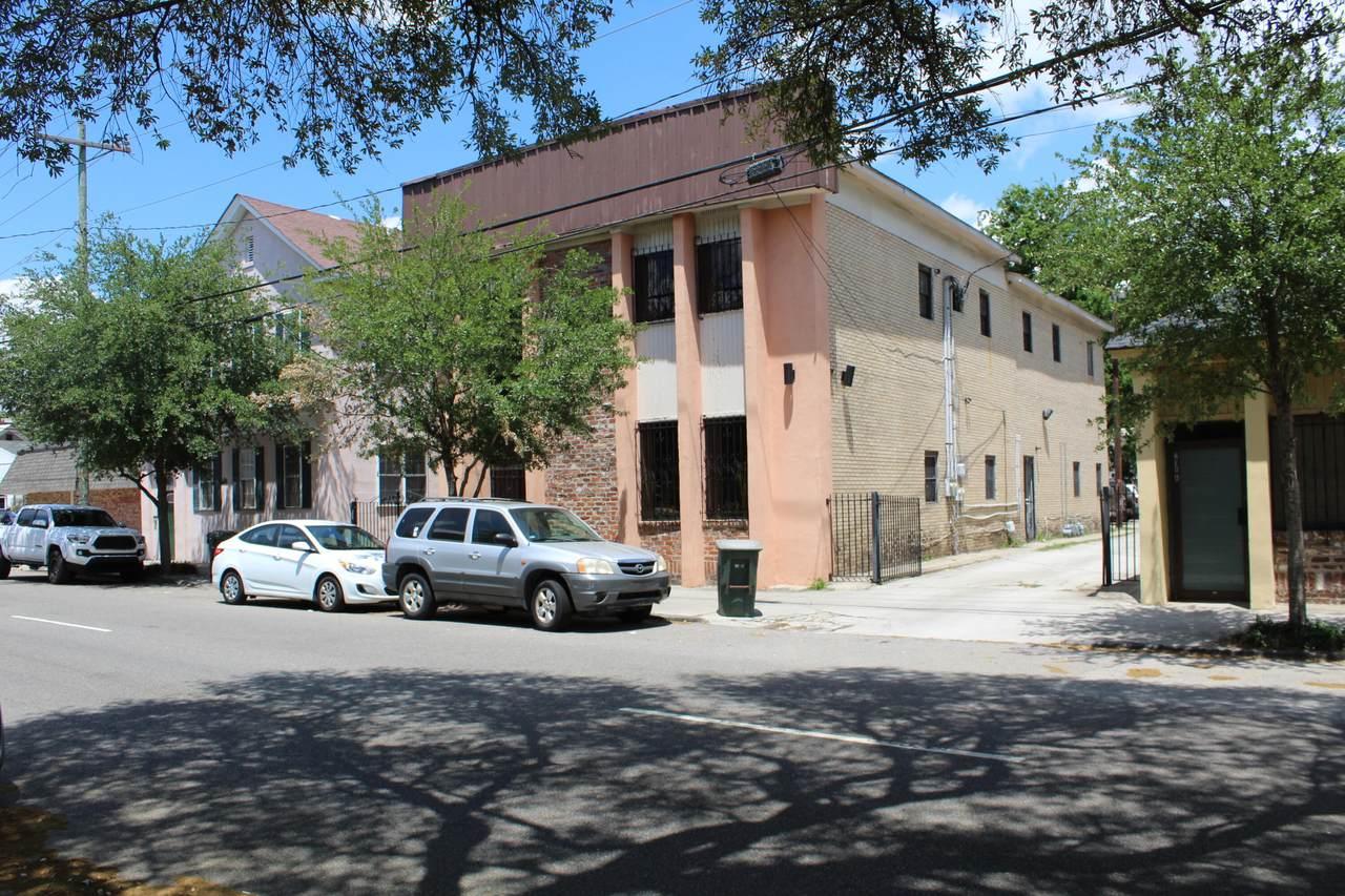 218 Rutledge Avenue - Photo 1