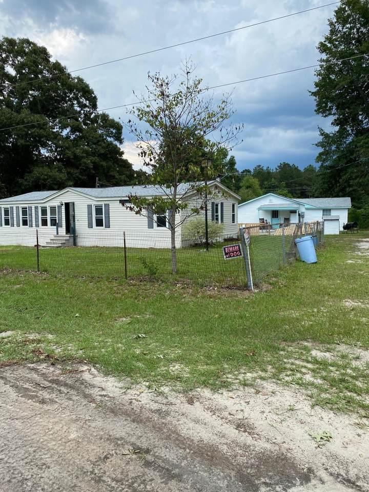 104 Oak Mertz Lane - Photo 1