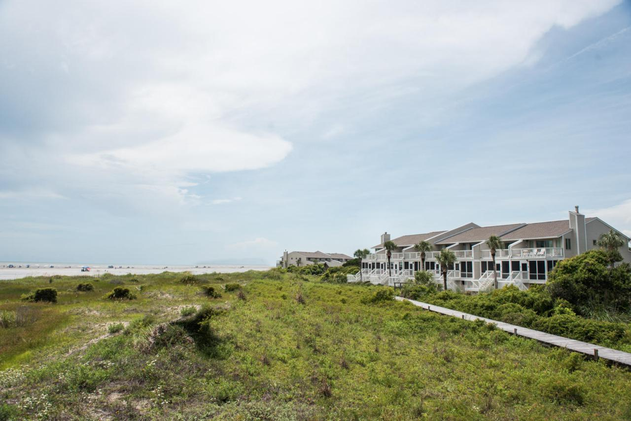 66 Beach Club Villas - Photo 1