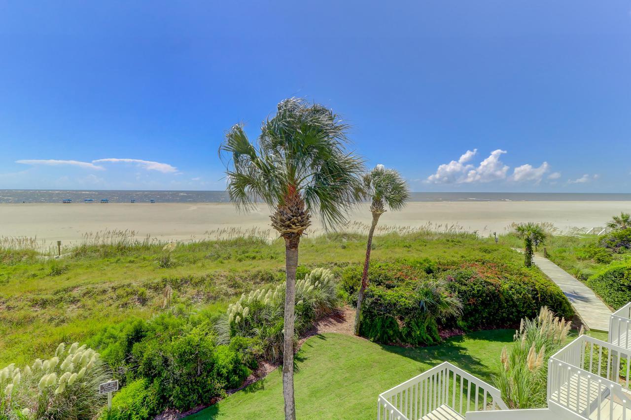 33 Beach Club Villas - Photo 1