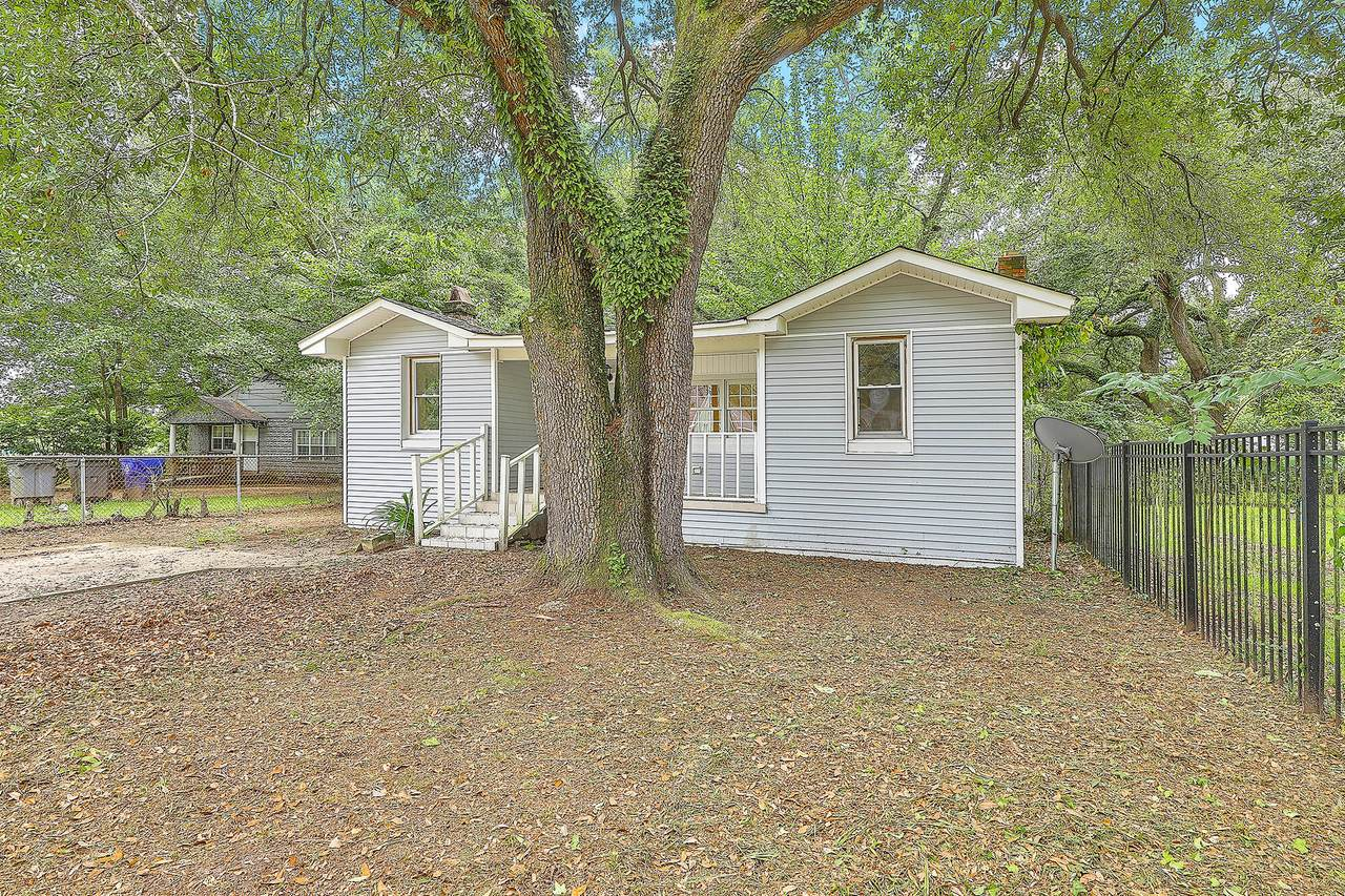 2315 James Bell Drive - Photo 1