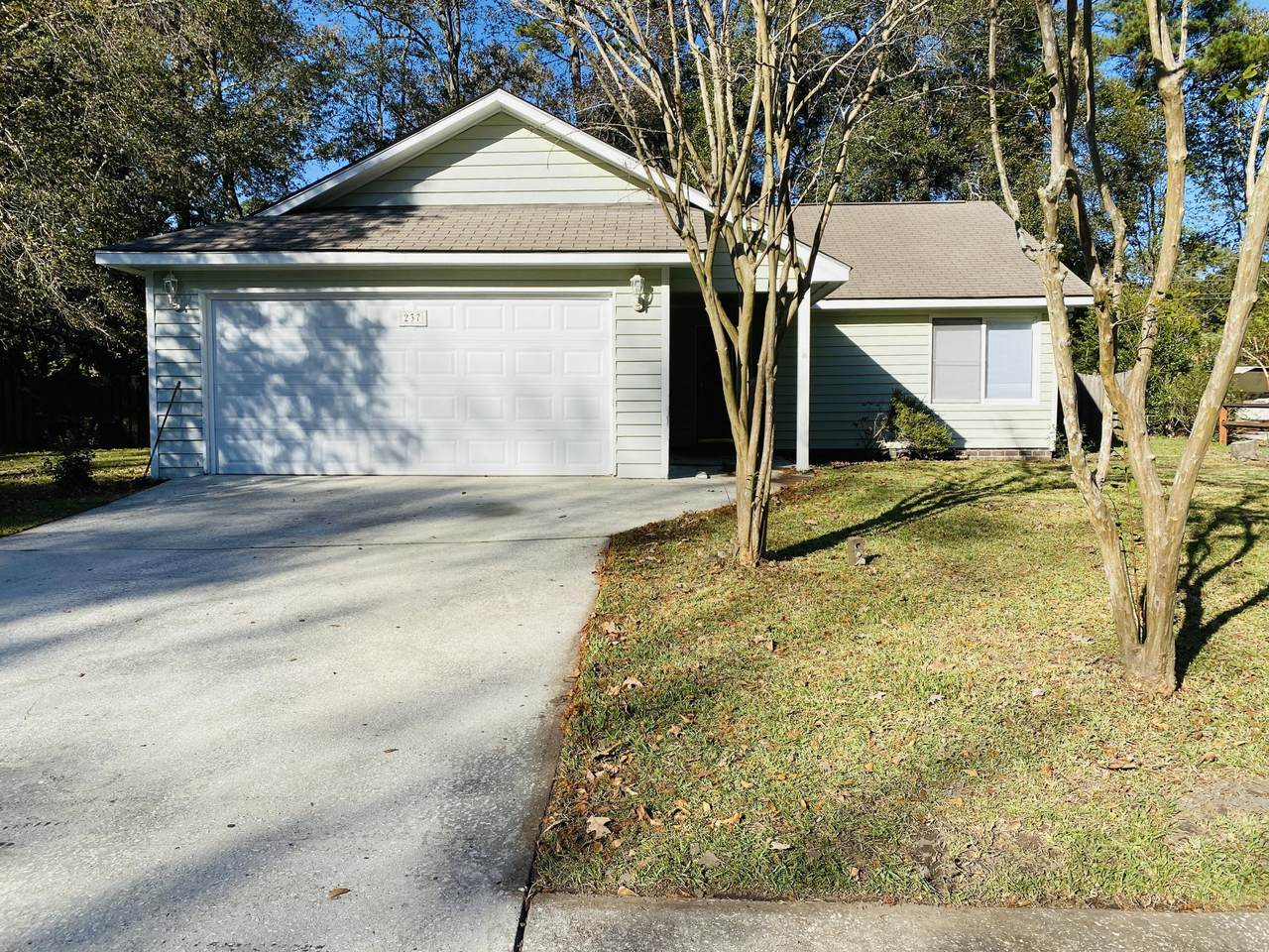 237 Savannah Round Road - Photo 1