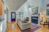 809 Captain Toms Crossing - Photo 5