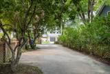 907 Royall Avenue - Photo 3