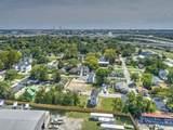 2050 Arbutus Avenue - Photo 4