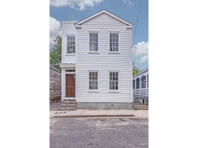 40 Poinsett Street, Charleston, SC 29403 (#17020888) :: The Cassina Group
