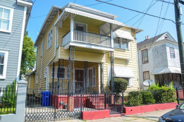 98 Fishburne Street, Charleston, SC 29403 (#17024158) :: The Cassina Group