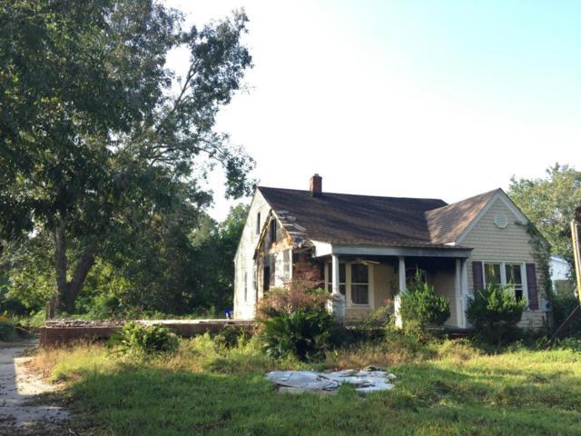 2035 Wappoo Hall Road, Charleston, SC 29412 (#17026020) :: The Cassina Group