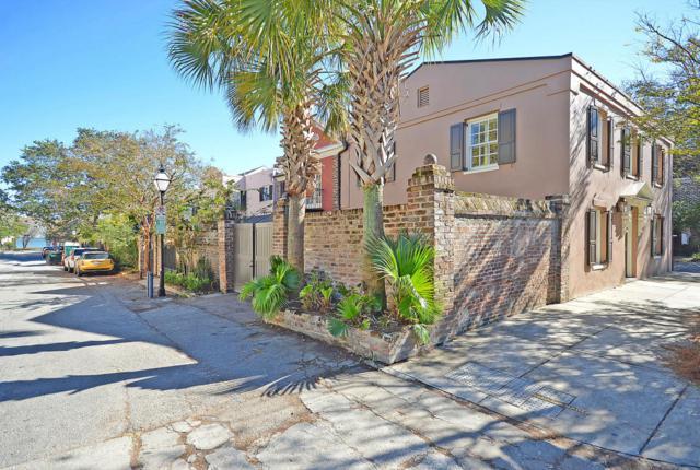 100 E Bay Street, Charleston, SC 29401 (#17030639) :: The Cassina Group