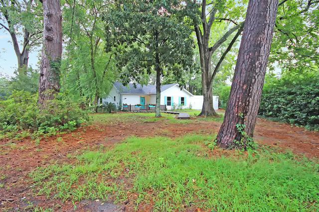 2208 Maxcy Street, Charleston, SC 29412 (#18000979) :: The Cassina Group