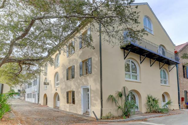 2 1/2 Gillon, Charleston, SC 29401 (#18003056) :: The Cassina Group