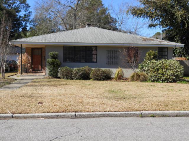 17 Clemson Street, Charleston, SC 29403 (#18003112) :: The Cassina Group