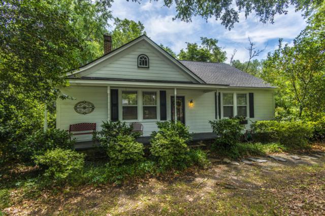 215 S Gum Street, Summerville, SC 29483 (#18014038) :: The Cassina Group