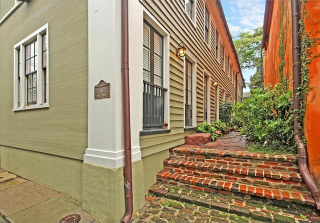 9 West Street #2, Charleston, SC 29401 (#18020970) :: The Cassina Group