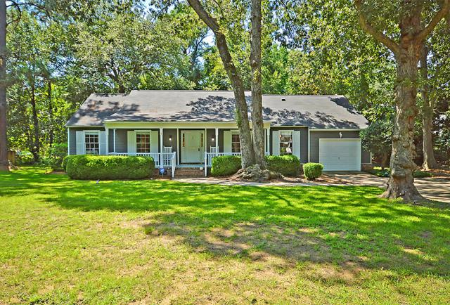 1051 Governors Road, Mount Pleasant, SC 29464 (#18022761) :: The Cassina Group