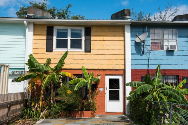 22 Cedar Street, Charleston, SC 29403 (#18027011) :: The Cassina Group