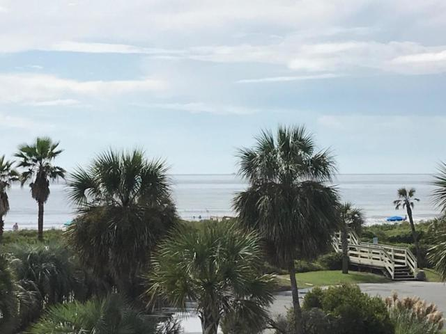 1300 Ocean Boulevard #226, Isle Of Palms, SC 29451 (#18028003) :: The Cassina Group