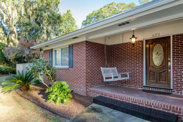 672 Clearview Drive, Charleston, SC 29412 (#19004558) :: The Cassina Group