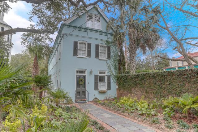 4 Gibbes Street, Charleston, SC 29401 (#19004615) :: The Cassina Group