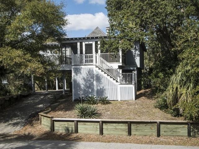 8 Sandpiper Court, Isle Of Palms, SC 29451 (#19008201) :: The Cassina Group