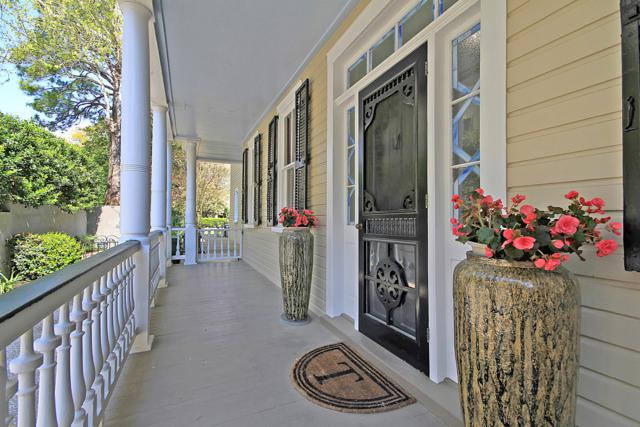 8 Montagu Street, Charleston, SC 29401 (#19008486) :: The Cassina Group