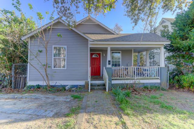 135 Simons Street, Charleston, SC 29403 (#19010384) :: The Cassina Group