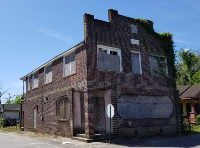 2001 Hugo Avenue, North Charleston, SC 29405 (#19011265) :: The Cassina Group
